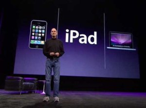 steve-jobs-introduces-the-ipad