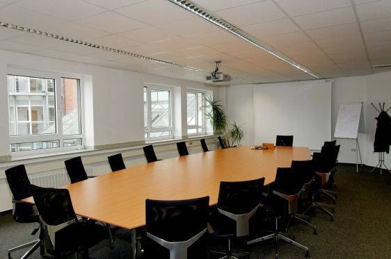 conference-room-338563_1280